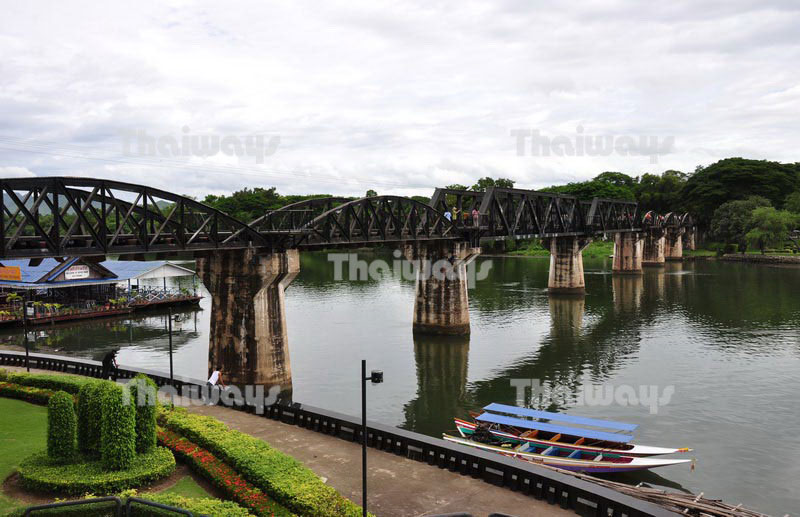 Click to enlarge image tw-river-kwai-bridge-01.jpg