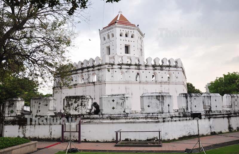Phra Sumeru Fortress