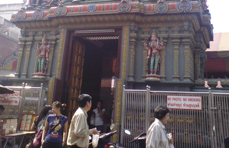 Wat Phrasrimaha Uma Dhevi (Wat Khaek)
