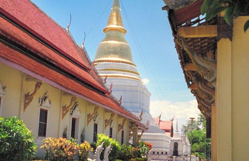Wat Phra Kaew Dontao Suchadaram