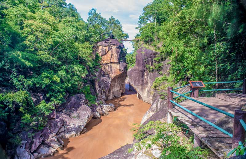 ob-luang-national-park-by-123-tw-01