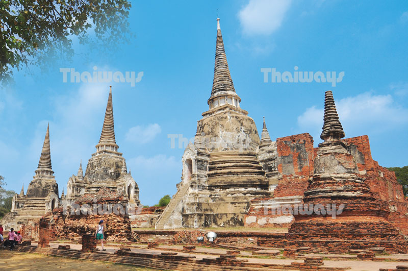 Click to enlarge image 01-ayutthaya-temples.jpg