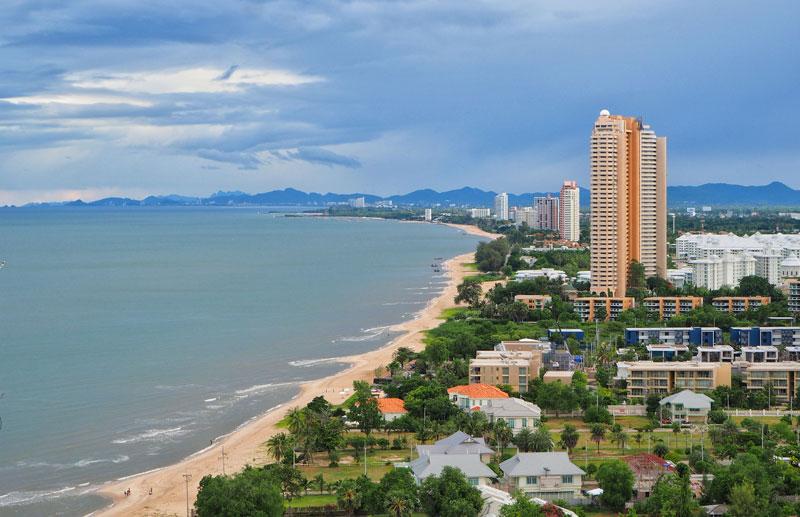 cha-am-beach-by-123-tw-02